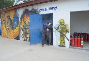 Abandonos de Edificação no Morro Grande - Plano de Evacuação de uma Empresa