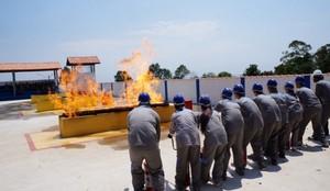 Curso de Bombeiros Preço na Granja Viana - Treinamento de Corpo de Bombeiro
