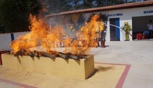 Curso de DEA Preço em Sumaré - Curso Primeiros Socorros de Bombeiros