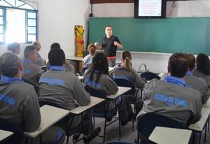 Curso de Primeiros Socorros para Empresas ALDEIA DA SERRA - Curso Primeiros Socorros de Bombeiros