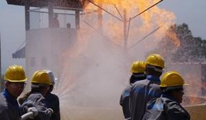 Curso Desfibrilador Externo Automático no Alto de Pinheiros - Curso Primeiros Socorros de Bombeiros