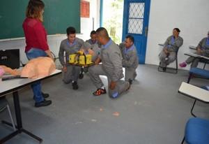 Cursos de Primeiros Socorros em São Paulo na Vila Sônia - Curso DEA Desfibrilador