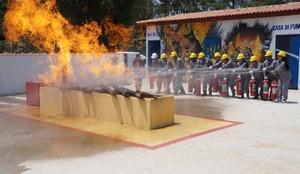 Quanto Custa Curso de Bombeiros em São Paulo Jardim Tupanci - Treinamento de Corpo de Bombeiro