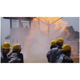Treinamento de brigada de incêndio no Butantã