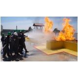 treinamento de evacuação de incêndio na Granja Viana