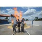 treinamentos de bombeiros no Rio Pequeno